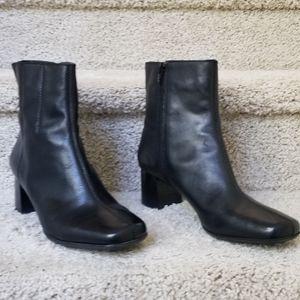 Nine West Women's Bootie Black Sz 10